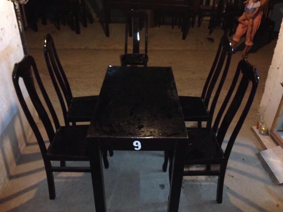 Thanh lý bàn ghế nhà hàng 0552